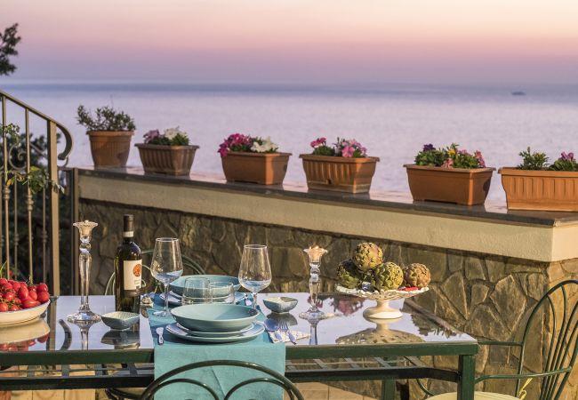 Maison de vacances a louer Massa Lubrense Italie avec Piscine privée