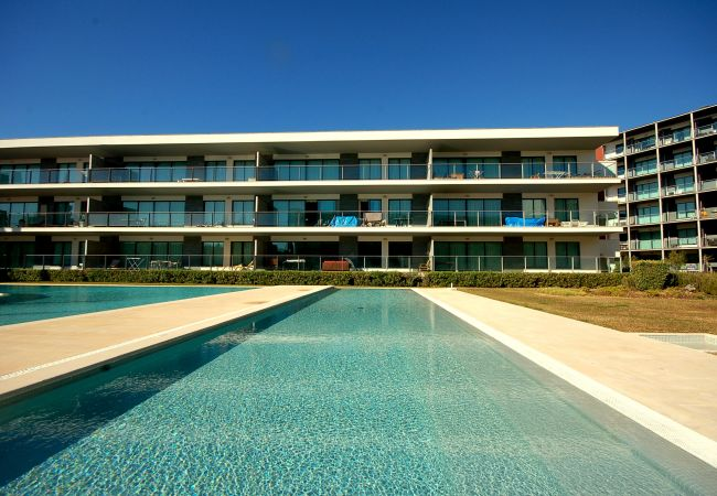 Apartment for rent Vilamoura Portugal with Pool to share