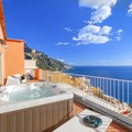 Casa Bluedream with Sea View, Terrace and Jacuzzi in Positano