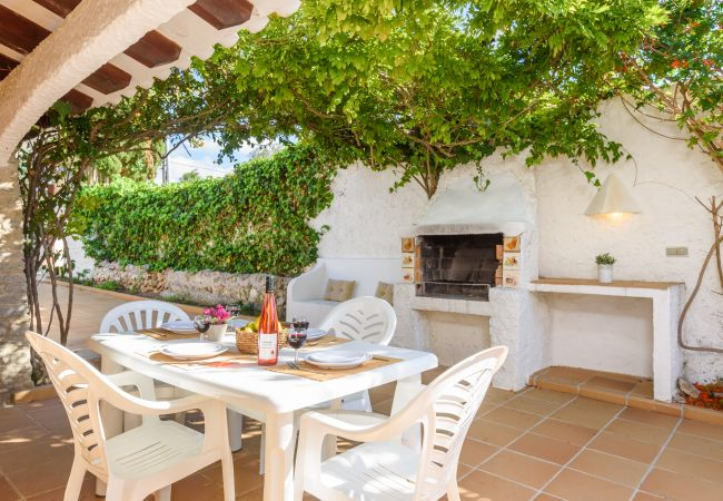 Holiday home for rent Calan Porter Espagne with Private pool