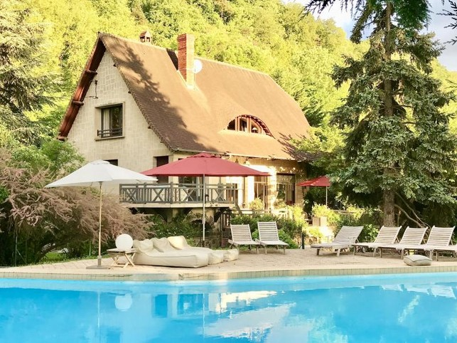 Villa de standing 1h Paris Ouest  week-end et vacances Normandie piscine ,cheminée