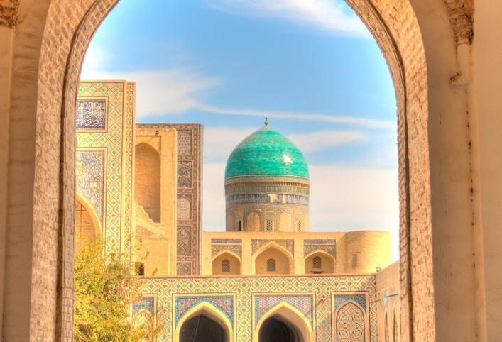 Avond mag culturele tour in Oezbekistan op de Zijdekaravaan Route