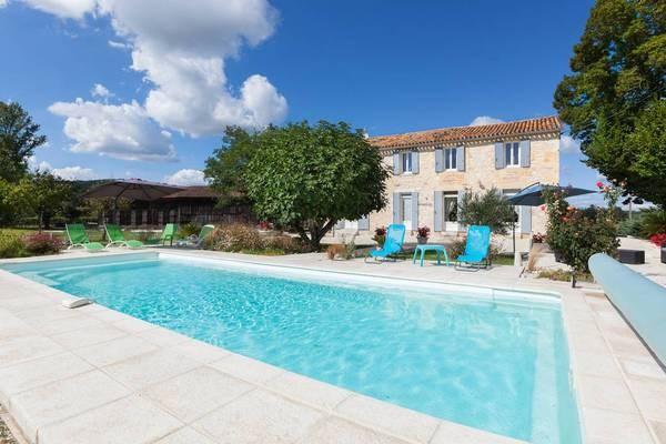 Prachtig huisje aan de oevers van de Dordogne-Saint-Avit-Saint-Nazaire voor 9 personen