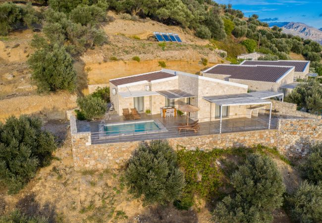 Holiday home for rent Plakias Grèce with Private pool
