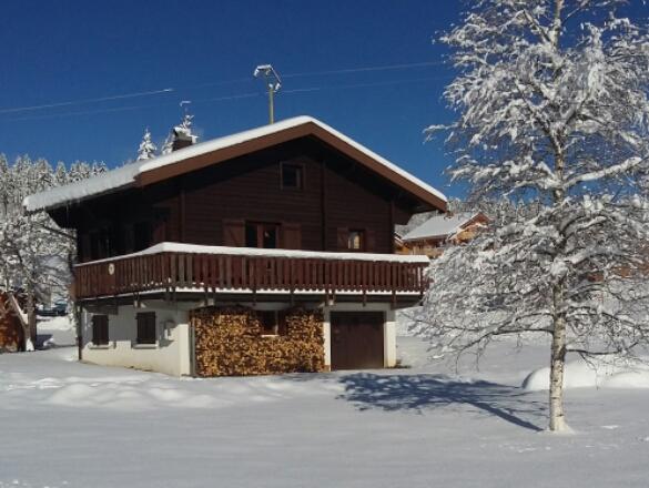 """Dichtbij het skigebied Les Rousses, chalet """"Chez Nano"""""""