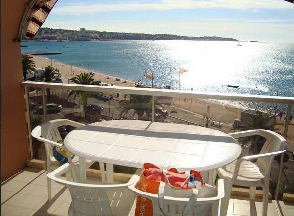 Joli Appartement pour 4 personnes dès 420 euros par semaine - Fréjus