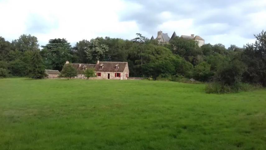 Typisch Berrichonne huis in het hart van de Brenne-Rosnay
