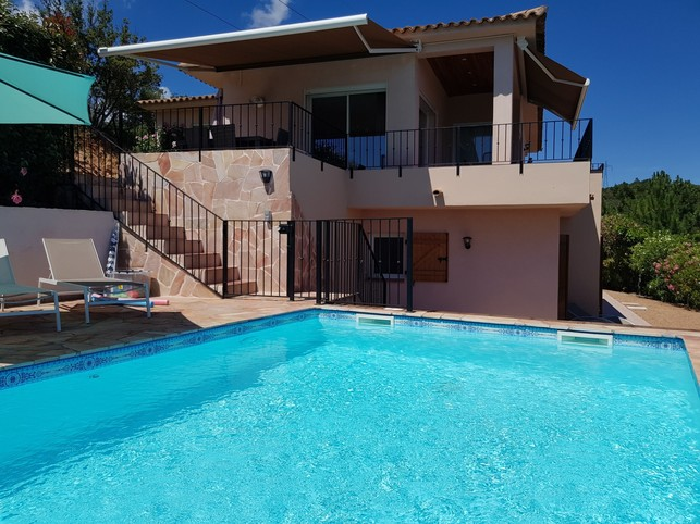 Stunning 135m2 villa with private pool