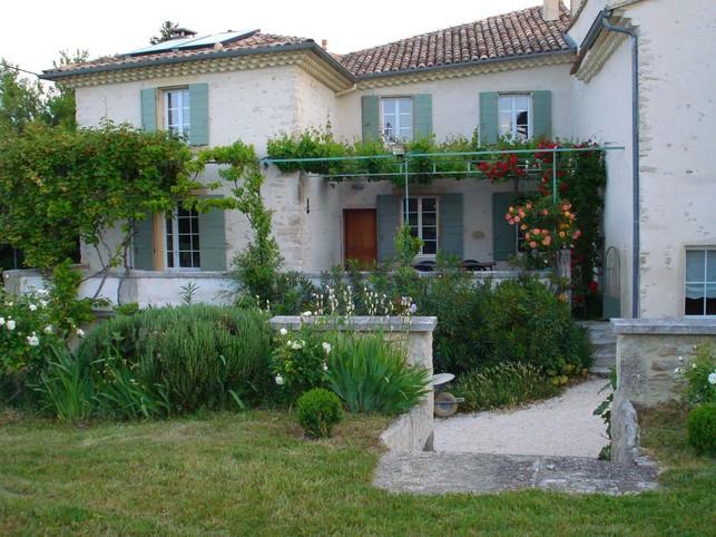Mas Provencal van karakter in Taulignan in het zuiden van Provencal Drôme