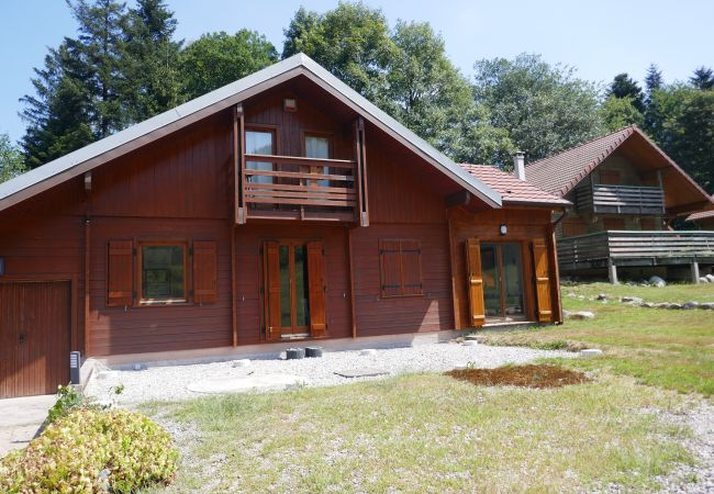 Holiday home for rent Rochesson France