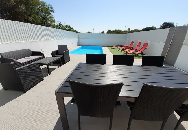Apartment for rent Almada Portugal with Private pool