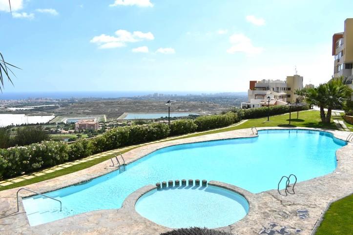 Lovely Oasis Hibiscus - Alicante, Uitzicht op zee - Golf