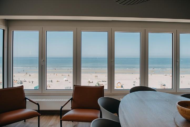 Le Coq - De Haan. Appartements avec superbe vue sur la mer, la plage et la digue