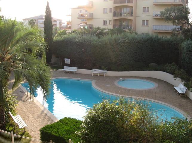 Cote d'Azur appart.+garage +pisc