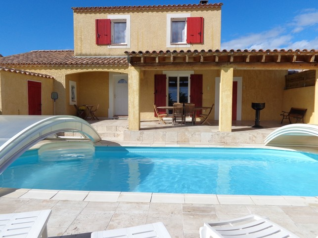 Villa pour 6 personnes avec piscine privée à Beaucaire