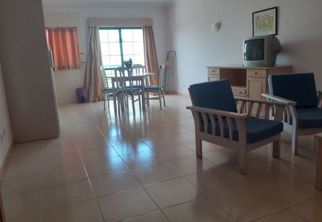 New Flat in Dunas de Alvor with Front Balcony Pool