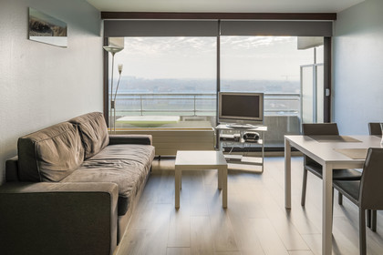 Appartement aan Oostende - Royal Ascot II / 8 l