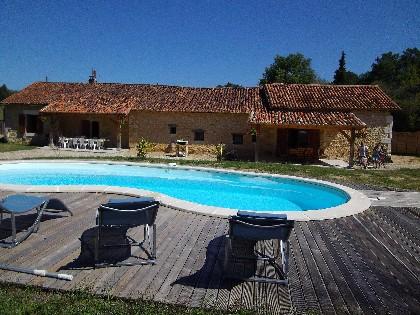 Sourzac maison de vacances en dordogne et piscine - Maison vacances dordogne avec piscine ...