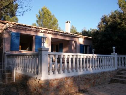 Moissac bellevue villa aux pieds des gorges du verdon for Location maison avec piscine gorges du verdon