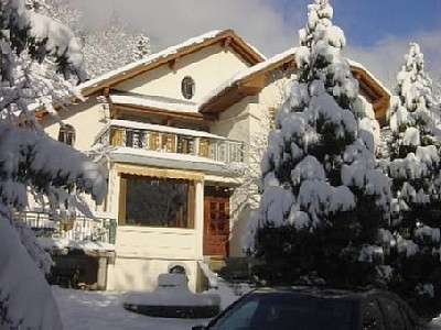 Superb villa facing Mont Blanc 500 m from slopes