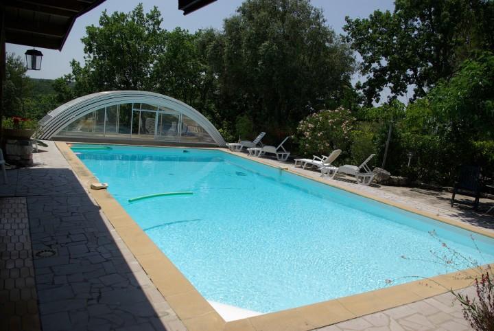 Blauzac maison avec piscine proche d 39 uz s et n mes for Piscine nemausa nimes tarifs