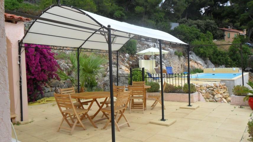 Sanary sur mer ollioules villa vue mer avec piscine for Camping sanary sur mer avec piscine