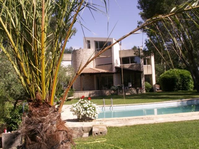 nimes belle maison d 39 architecte parc arbor et piscine. Black Bedroom Furniture Sets. Home Design Ideas