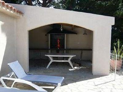 Fourques location villa avec piscine priv e fourques for Villa a louer avec piscine privee