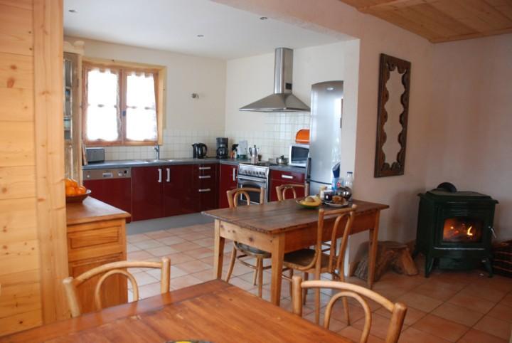 notre dame de bellecombe chalet bois cologique centre village station maisons de vacances. Black Bedroom Furniture Sets. Home Design Ideas
