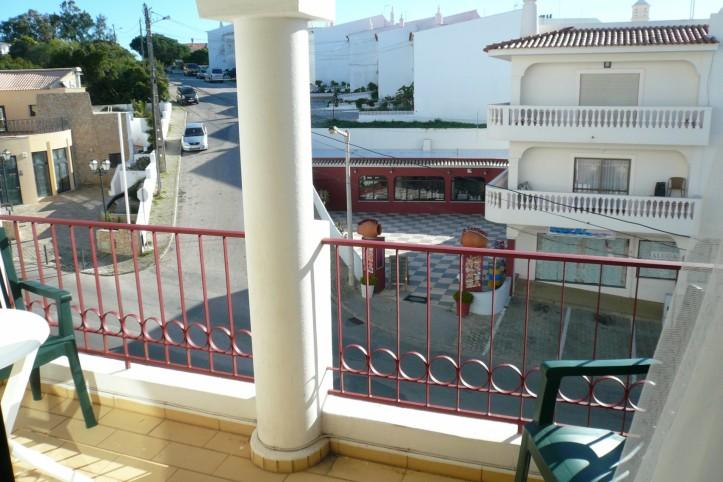 Carvoeiro appartement algarve avec piscine 5 pers en mer for Appartement a louer a sidi bouzid avec piscine