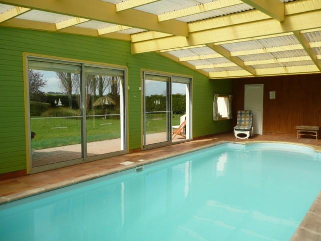 Yffiniac villa avec piscine priv e int rieure chauff e - Location villa collioure avec piscine ...