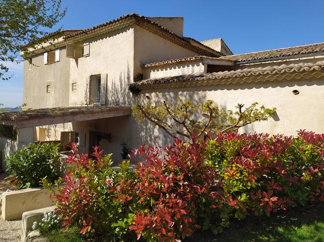 Mas aux Trois Fontaines - La Casa Bella : Gîte chic et charme pouvant accueillir de 1 à 4 personnes.