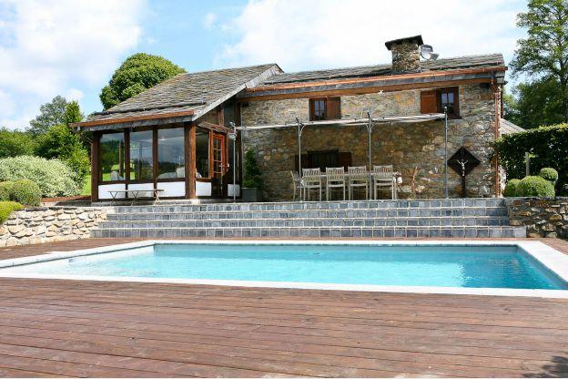 """Gite """"Spineux"""" 11p piscine, jacuzzi et sauna"""