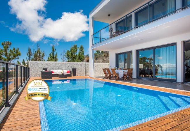 Holiday home for rent Prazeres Portugal with Private pool