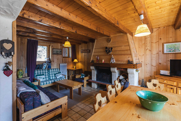 Nice cottage facing South in the Vanoise