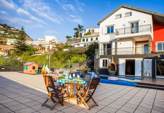Holiday home for rent Ribeira Brava Portugal with Private pool