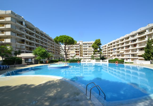 Apartment for rent Salou Espagne with Pool to share