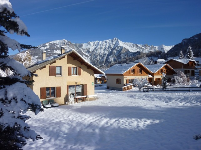 4 new chalets at the foot of the ski slopes at THE ORRES