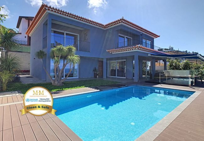 Holiday home for rent Funchal Portugal with Private pool